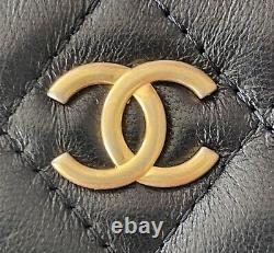 Gorgeous Chanel 19A Black Lamb Classic Zipped Coin Card O Case Gold Symbols GHW