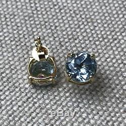 NEW $800 ROBERTO COIN 18k Yellow Gold Round Cut Blue Aquamarine Stud Earrings