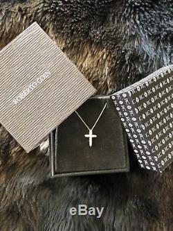 Roberto Coin Diamond & 18K Yellow Gold Cross Pendant Necklace