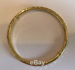 Roberto Coin MARTELLATO 18K Solid Yellow Gold Ruby Bangle Bracelet